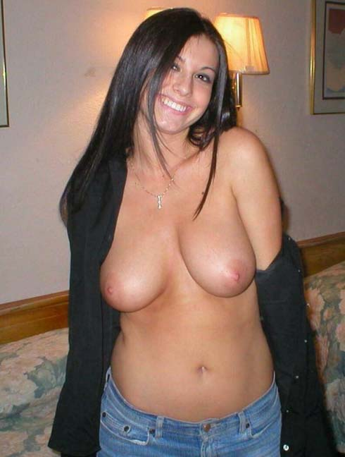 Topless Myspace Amateur Slut In Shirt