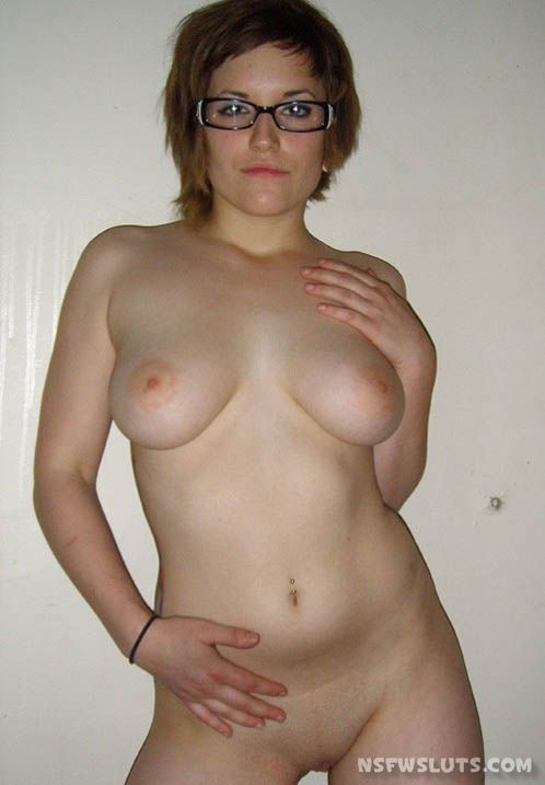 Short Haired Amateur Nude Gal