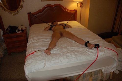 Asian Submissive & Kinky Gf in Hotel