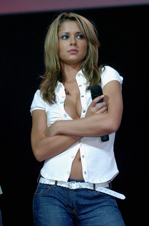 Cheryl Tweeding Showing Off Her Whore Cleavage While Performing