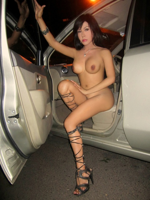 naked in car