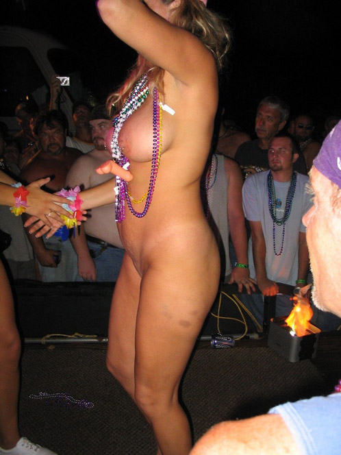 Milfs at mardi gras