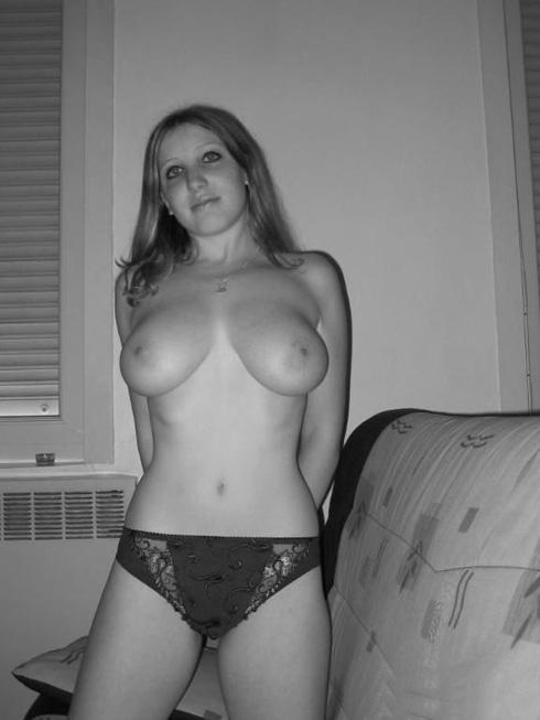 Lindsay lohon naked