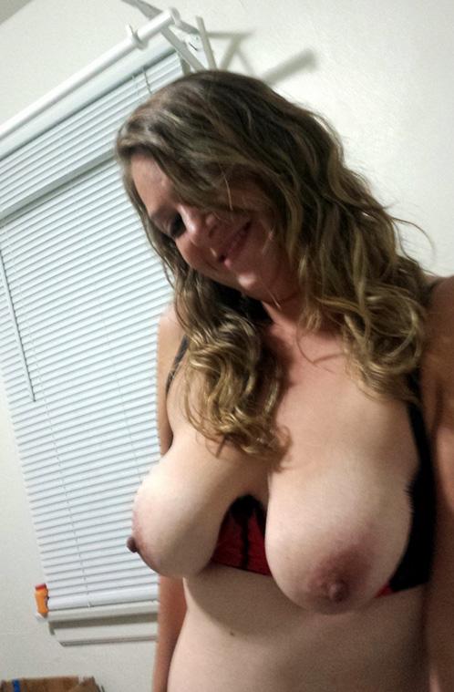 dana tits