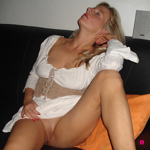 Flashing Pussy on Sofa