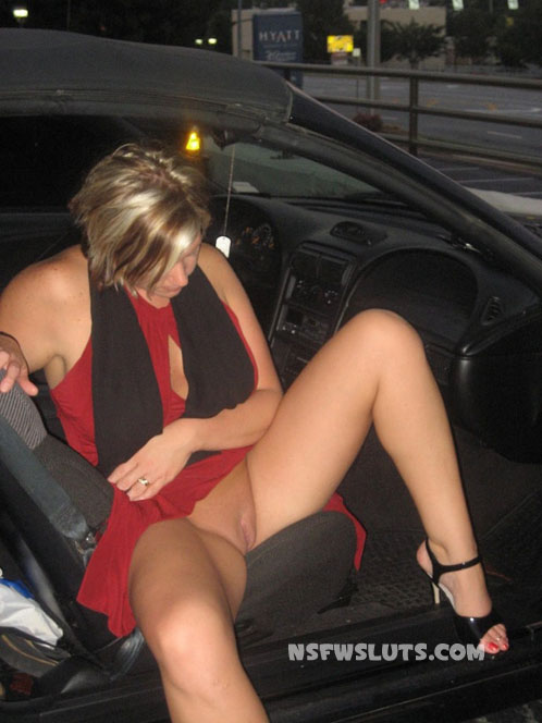 Simply Amateur pussy flashing in car commit error